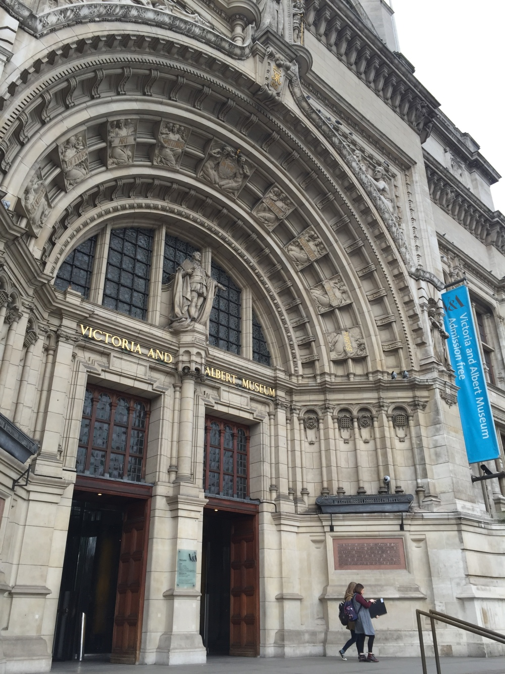 London museum hopping part 2 schn living museum admission is free of charge except for some exhibitions which carry a separate charge arubaitofo Choice Image